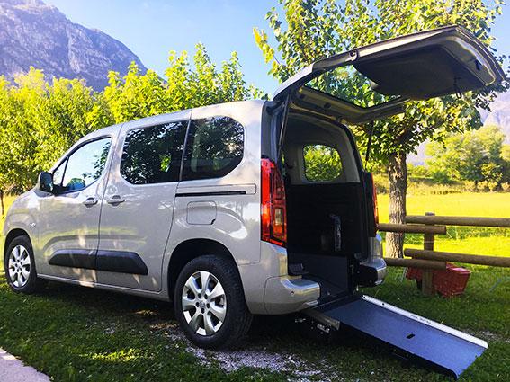 Opel Combo disabili