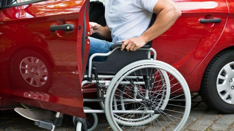 contributi auto per disabili