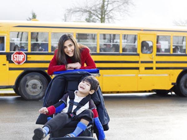 Trasporto scolastico per disabili