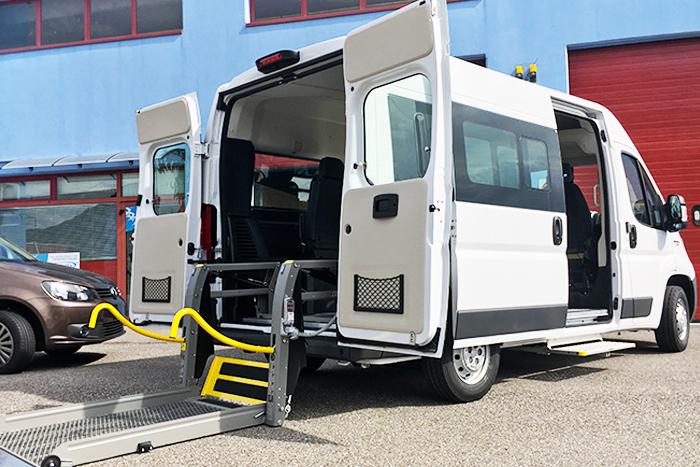 Peugeot Boxer allestimento trasporto disabili