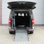 Peugeot Traveler disabili