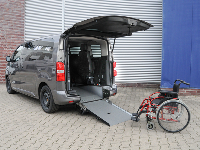 Peugeot Traveler pianale ribassato