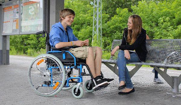 Accompagnatori e sedia rotelle